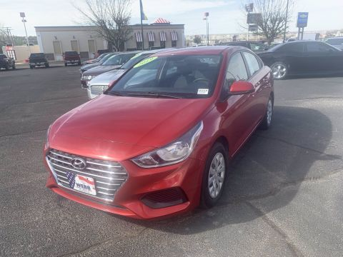 Pre-Owned 2019 Hyundai Accent FWD 4dr Car