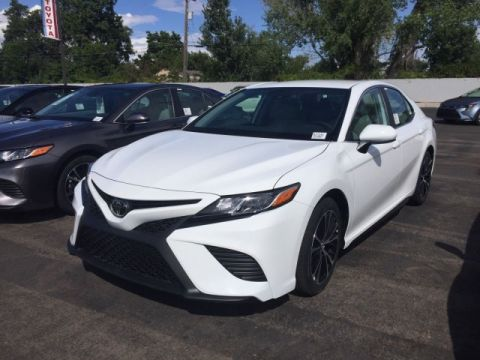 New 2019 Toyota Camry SE RWD 4dr Car